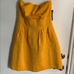 Brand new, never worn, New York and company dress